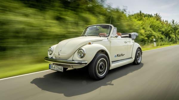 Volkswagen fournit le moteur et la batterie pour électrifier des anciennes Coccinelle.