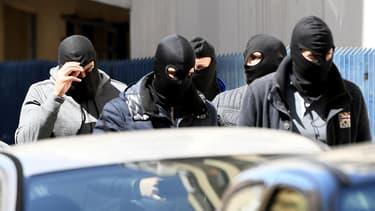 Les deux suspects louaient un appartement à Marseille depuis le 1er avril.
