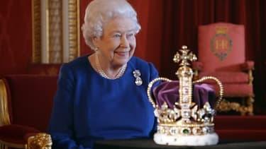 La reine d'Angleterre va commenter pour la première fois son couronnement sur la BBC