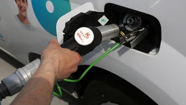 Dijon a l'intention de convertir progressivement sa flotte de camions poubelles et de bus à l'hydrogène