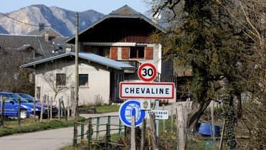 L'entrée du village de Chevaline. La tuerie a eu lieu non loin de là.