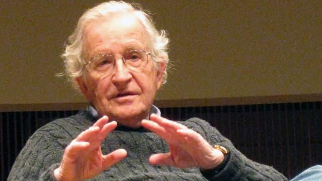 Noam Chomsky, linguiste et philosophe américain, en 2012