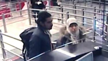 Hayat Boumedienne à l'aéroport d'Istanbul, en Turquie, le 2 janvier 2015.