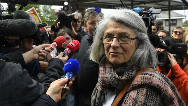 Catherine Blein, conseillère régionale Front national et candidate aux législatives en Bretagne, le 4 mai 2017 lors d'une visite à Dol-de-Bretagne (Ille-et-Vilaine).