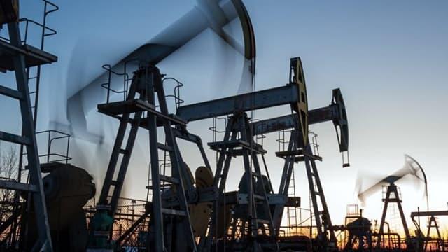 Les prix du pétrole s'étaient effondrés en avril 2020 avec la propagation du coronavirus