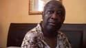 Laurent Gbagbo à l'Hôtel du Golf, après son arrestation. Paris a assuré mardi ne pas avoir outrepassé son rôle en Côte d'Ivoire et avoir agi dans le strict cadre de la résolution 1975 des Nations unies pour obtenir la reddition du président sortant. /Imag