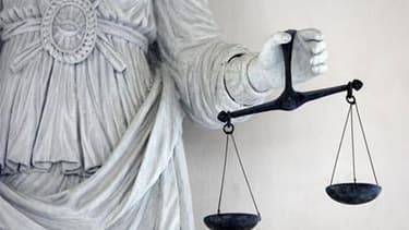 """La cour d'appel de Versailles a retenu une """"faute inexcusable"""" de Renault, notion juridique supposant une responsabilité civile, dans le suicide d'un ingénieur du Technocentre de Guyancourt (Yvelines), en 2006. /Photo d'archives/REUTERS/Stéphane Mahé"""