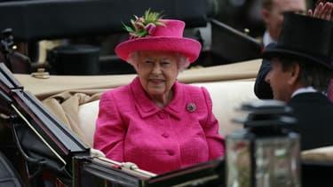 """La reine d'Angleterre est citée dans les """"Paradise Papers""""."""