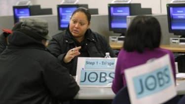 Le taux de chômage aux USA augmente, mais la tendance est à la reprise.
