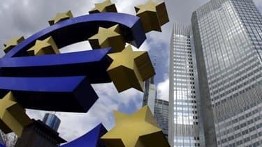 Les analystes se demandent notamment si la BCE annoncera bel et bien l'abandon de son statut de créancier privilégié