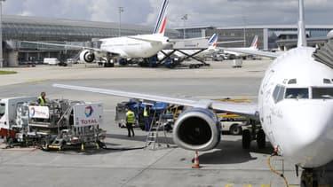 Les aéroports parisiens, ici Roissy, ont encore 6 jours de réserves