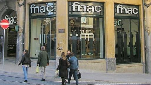 La mise en bourse de la Fnac, selon que la majorité ou seulement une partie de son capital est cotée, pose la question de son avenir