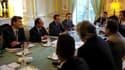 Le président François Hollande et le ministre du Redressement industriel Arnaud Montebourg lors d'une rencontre avec une délégation syndicale d'ArcelorMittal, lundi à l'Elysée