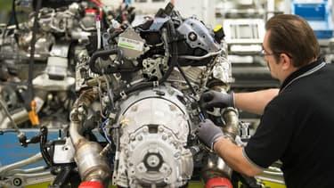 Daimler doit provisionner pas loin d'un milliard d'euros pour couvrir les procédures concernant les moteurs diesel truqués.