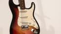 """L'arme du """"crime"""" utilisée pendant """"la nuit du passage à l'électrique de Bob Dylan"""", une Fender Stratocaster de 1964."""