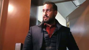 Alexandre Benalla, à la sortie de sa détention provisoire à la prison de la Santé à Paris, le 26 février 2019. - JACQUES DEMARTHON / AFP