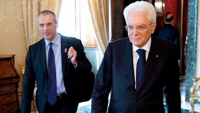 Carlo Cottarelli et Sergio Mattarella à la présidence italienne le 29 mai 2018.