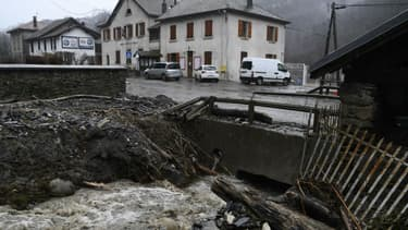 Les dégâts causés par la tempête Eleanor à Moretel-de-Mailles, dans la région Auvergne-Rhône-Alpes, le 4 janvier 2018. - Philippe Desmazes - AFP