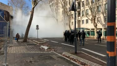 Des incidents ont éclaté devant un lycée d'Issy-les-Moulineaux ce lundi.
