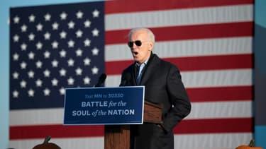 Le candidat démocrate à la Maison Blanche Joe Biden lors d'un discours à Saint Paul, dans le Minnesota, le 30 octobre 2020