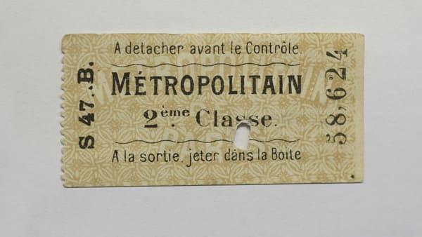 Ticket de métro de 2e classe, datant de 1903.