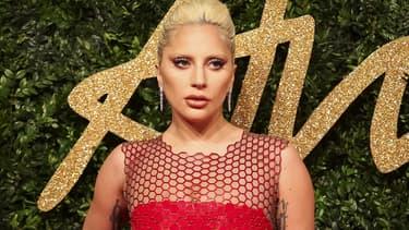 Lady Gaga aux British Fashion Awards 2015