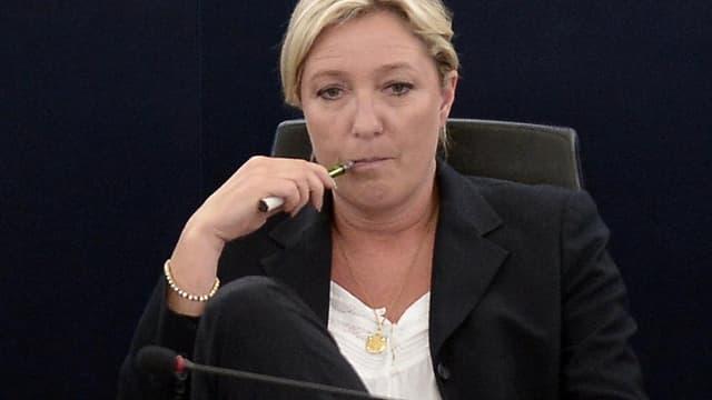 """""""Si nous obtenons une majorité, nous assumerons les responsabilités que nous aurons confiées les Français"""", déclare Marine Le Pen au Figaro samedi."""