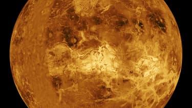 Vénus, prise en photo le 23 septembre 1996 par la Nasa.