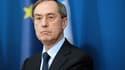 Claude Guéant le 2 décembre 2011 à Paris, alors qu'il était ministre de l'Intérieur.