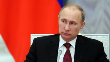 Vladimir Poutine s'oppose à l'Europe sur le plan économique, avec un recours à l'OMC et une union douanière.