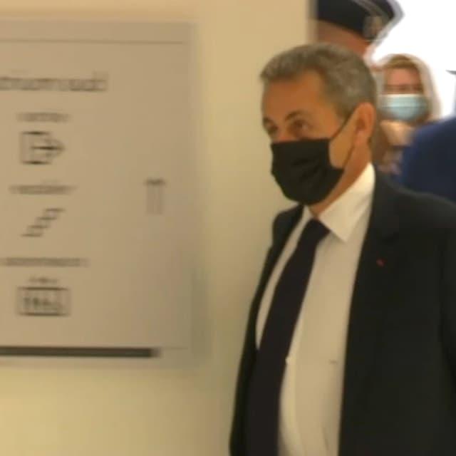 Procès Bygmalion: Nicolas Sarkozy vif et ferme face au tribunal