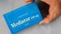 Une ancienne utilisatrice du Médiator a été victime d'un arrêt cardiaque à l'issue de quatre heures de tests menés par le fabricant du médicament, les laboratoires Servier.