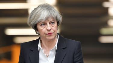 Theresa May présidera lundi une réunion de crise