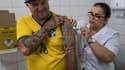 Vaccination contre la fièvre jaune, au Brésil.