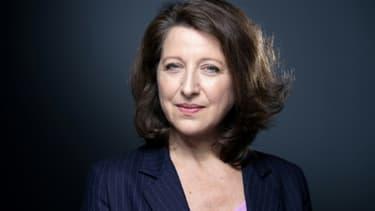 La candidate de La République en marche (LREM) à la mairie de Paris, Agnès Buzyn, pose le 26 février 2020 à Paris