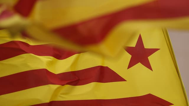 Le drapeau de la Catalogne. Photo d'illustration