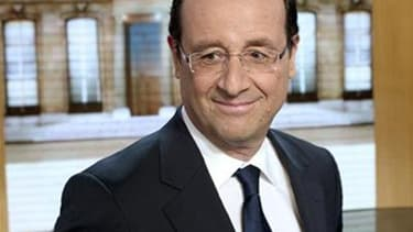 """François Hollande se rend ce mercredi à Londres pour une visite destinée à conforter sa stature européenne dans une ville qui abrite la """"City"""", centre de la finance mondiale dont le candidat socialiste à la présidentielle a fait son principal adversaire."""