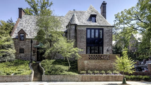 Les Obama ont acheté la luxueuse maison de Washington qu'ils louaient depuis leur départ de la Maison Blanche.