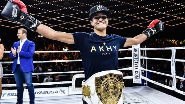 Anissa Meksen, la championne des super-coqs du GLORY
