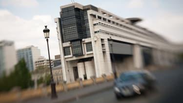 Bercy pourrait accorder moins de baisses de charges aux entreprises cette année.