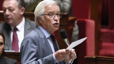 François Rebsamen veut doper les contrats de génération.