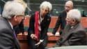 Le Premier ministre luxembourgeois et président de l'Eurogroupe Jean-Claude Juncker, la directrice générale du FMI Christine Lagarde, le vice-ministre des Finances allemand Jörg Asmussen et son ministre de tutelle Wolfgang Schäuble, vendredi à Bruxelles.