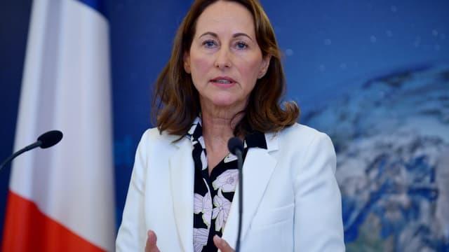 Ségolène Royal répond à Emmanuel Macron sur la crise Air France