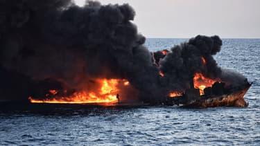 Le navire pétrolier Sanchi, le 14 janvier 2017 en mer de Chine orientale.