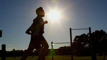 Faire du sport ou une activité physique, deux habitudes que les Français perdent peu à peu (Illustration)