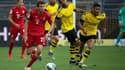 Thomas Müller échappe à la vigilance des défenseurs