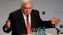 Le choix de Dominique Strauss-Kahn (photo) par les socialistes pour la présidentielle de 2012 empêcherait tout rassemblement de la gauche au second tour, selon Jean-Luc Mélenchon, président du Parti de gauche. /Photo prise le 19 novembre 2010/REUTERS/Alex