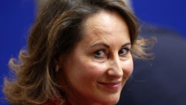 Ségolène Royal demande au gouvernement d'être plus flexible sur le travail du dimanche.