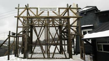 L'entrée du seul camp de concentration du territoire français, celui de Struthof-Natzwiller, près de Strasbourg, le 2 mars 2004.