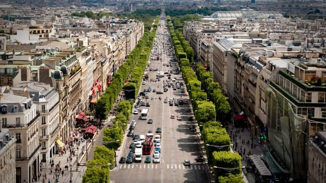 La valeur locative moyenne sur les Champs Elysées reste stable depuis deux ans